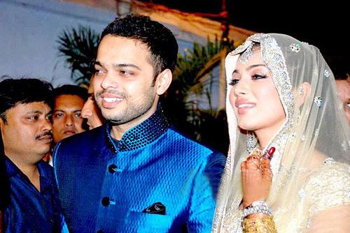 Ayesha Takia Wedding Pics Pictures Photos Images