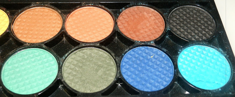 Sleek Makeup Chaos Eye Shadow Palette Swatches