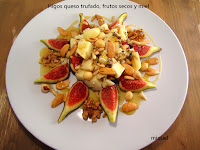 Higos, queso trufado, frutos secos y miel.