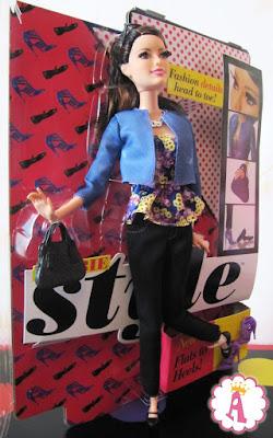 Кукла барби Ракель с шарнирами и длинными объемными ресницами