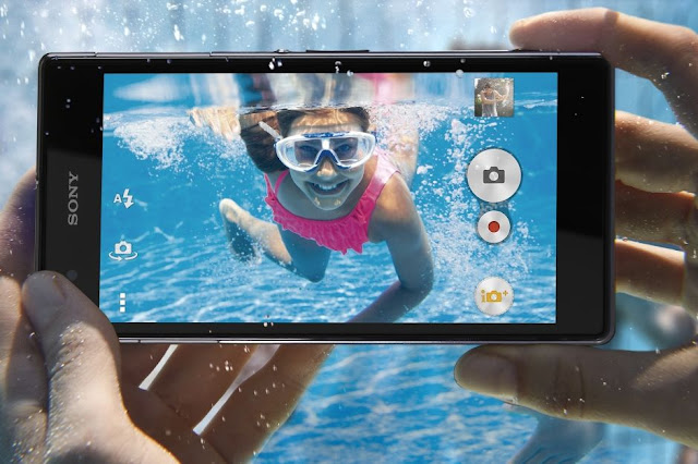 waterproof Safety features in smartphone