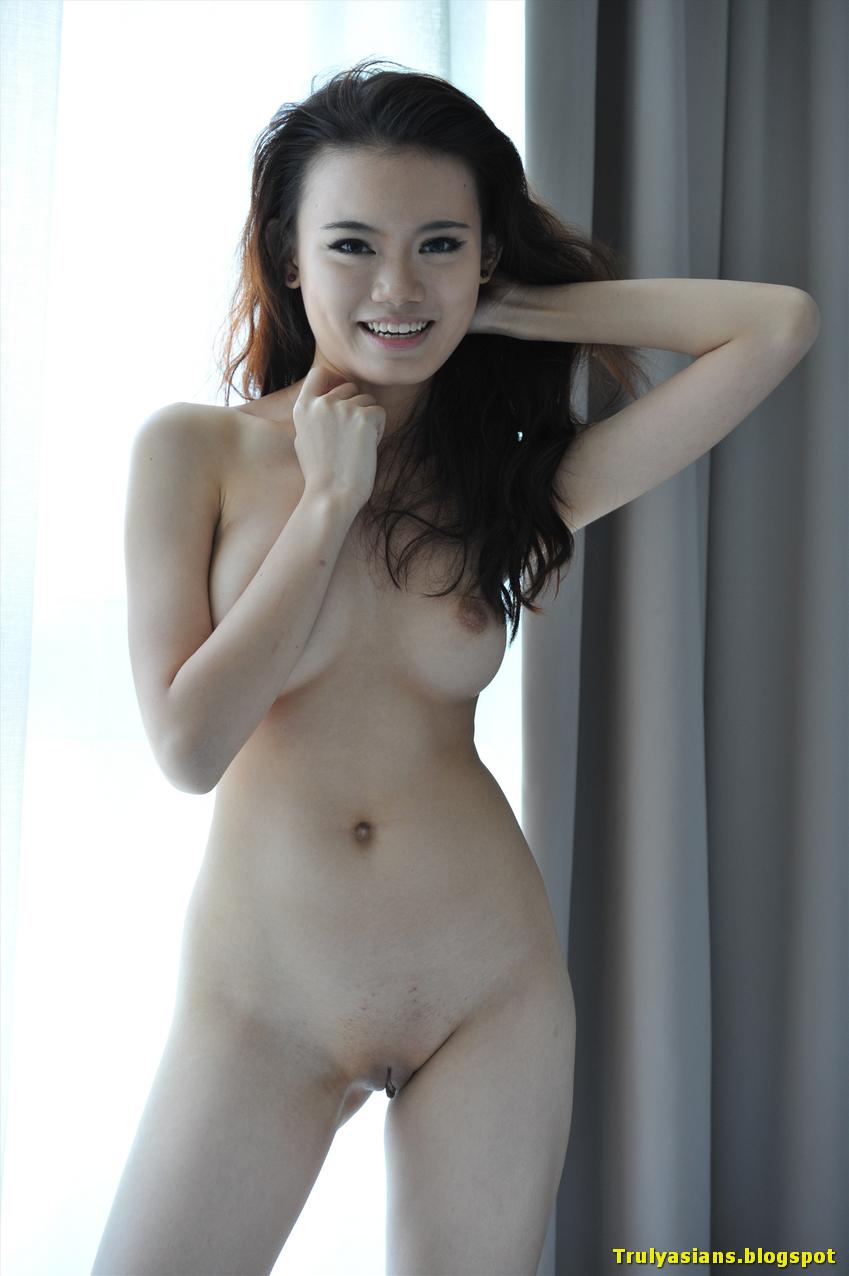 Hidden camera women bedrooms hotel naked