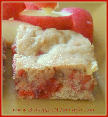 Fiery Apple Cookie Bars | BakingInATornado.com | #recipe