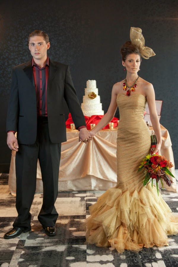 hunger+games+catching+fire+wedding+katniss+peeta+gale+red+black+gold+inspiration+theme+party+birthday+dress+cake+bouquet+jennifer+lawrence+josh+hutchinson+liam+hemsworth+sam+calflin+lilly+and+lilly+photography+9 - Catching Fire