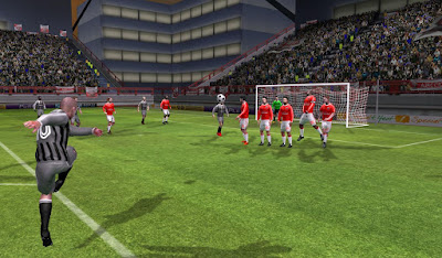 Download Dream League Soccer Apk v2.07 for android