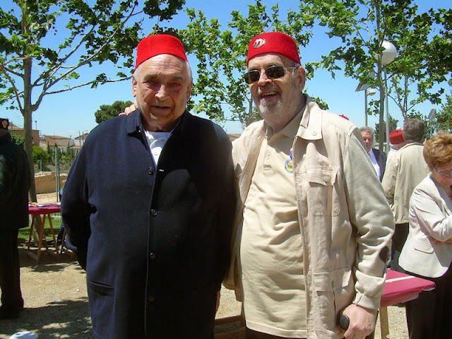 Contijoch (izquierda) y el autor, en una reunión de Veteranos; año 2013 (Foto álbum propio)