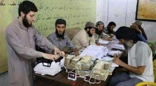 العراق : هروب المسؤول المالي لعصابات داعش من قضاء الحويجة في كركوك ومعه ملفات مهمة بينها اسماء قادة التنظيم في العراق !