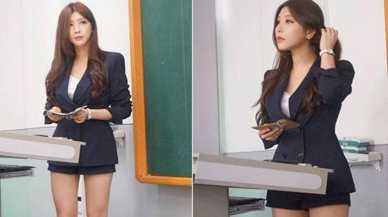 Foto Park Hyun Seo, Dosen Paling Seksi di Korea