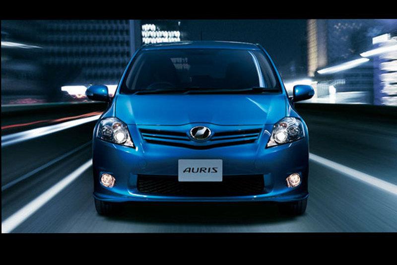auto design 2010 toyota auris car wallpapers gallery. Black Bedroom Furniture Sets. Home Design Ideas