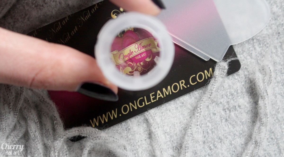 stamping-ongle-amor