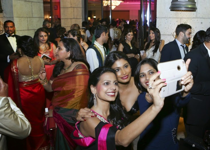 The selfie frenzy at the venue, Masala! Awards 2014 Inside Pics