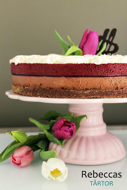 Choklad- och blåbärsmoussetårta