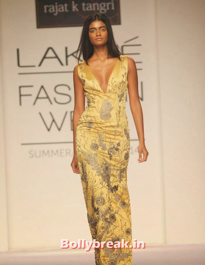Archana Akhil Kumar, Indian Supermodels Walk for Rajat K Tangri Show at Lakme Fashion Week
