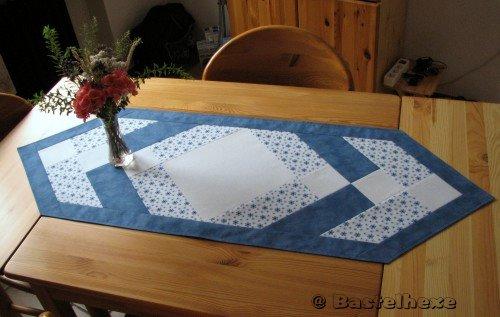 Bastelhexe S Kreativecke Patchwork Tischlaufer In Blau