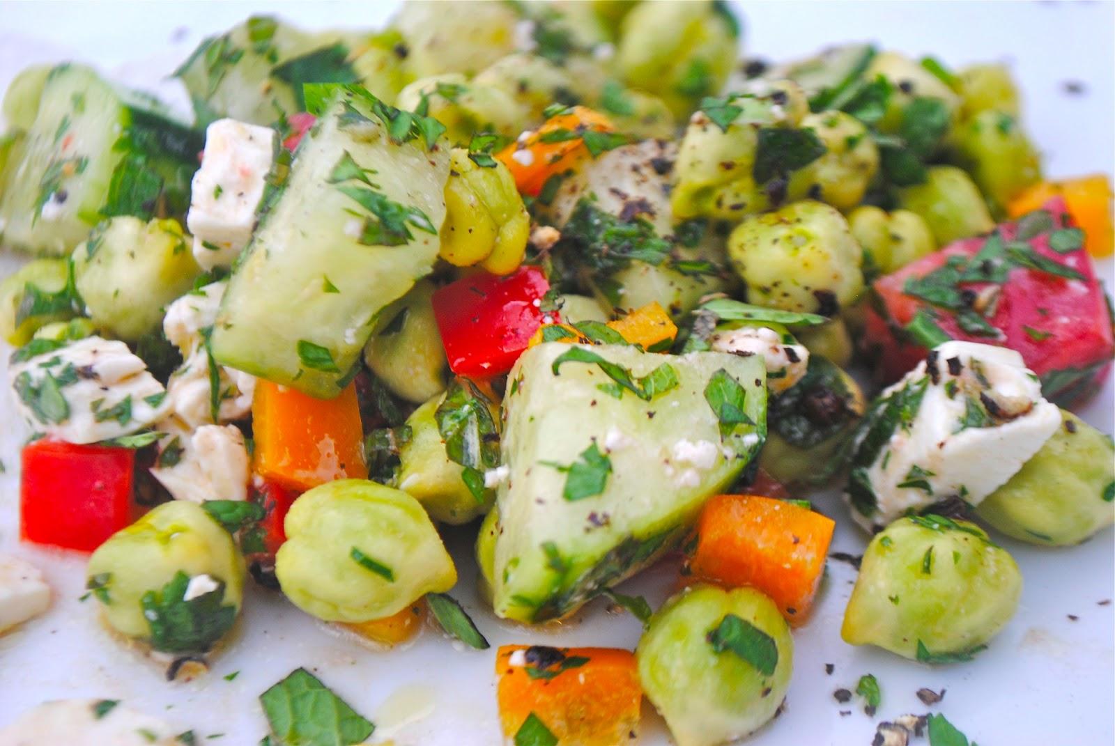 Recipe Doodle Fresh Garbanzo Garden Salad