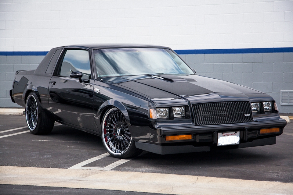 1987 buick regal grand national photo car and driver autos post. Black Bedroom Furniture Sets. Home Design Ideas