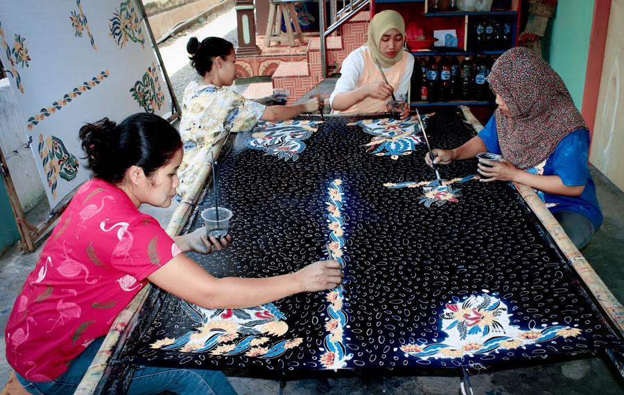 Batik, Randuagung, Lumajang
