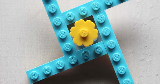 Easy LEGO Fidget Spinner Toy Instructions!