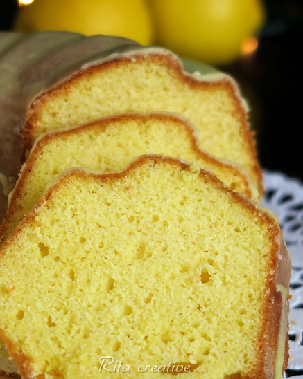 żółta babka cytrynowa