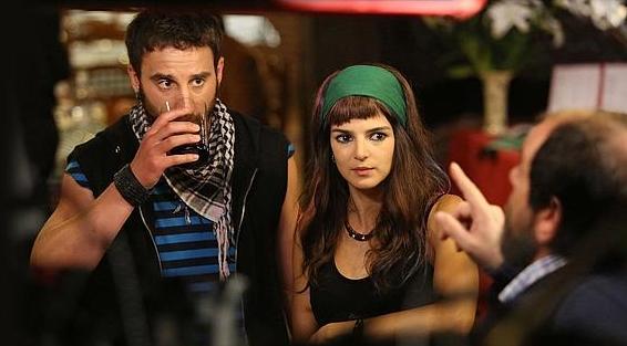 44e020307 Estamos ante la canción del verano euskalduna, la única película española  que ha creado packs vacacionales, el hit más bestia que ha tenido el cine  español, ...
