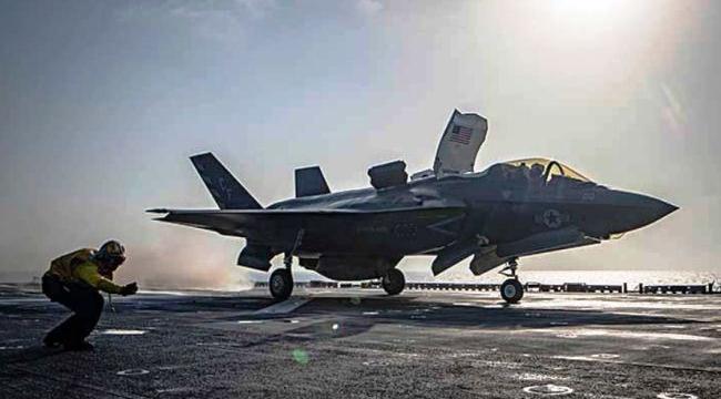 Debut pertempuran F-35