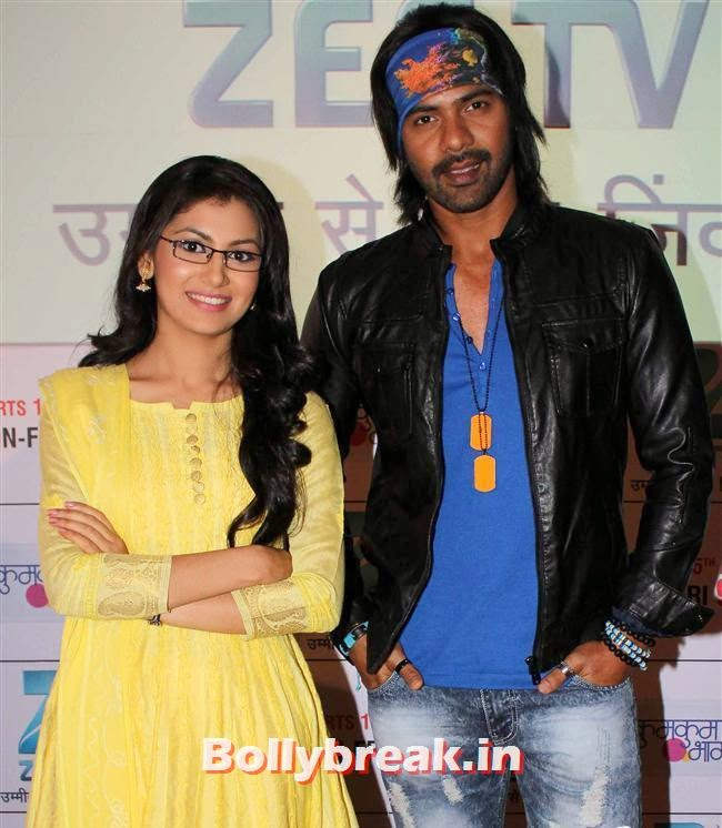 Sriti Jha and Shabbir Ahluwalia, Ekta Kapoor at Kumkum Bhagya Serial Launch