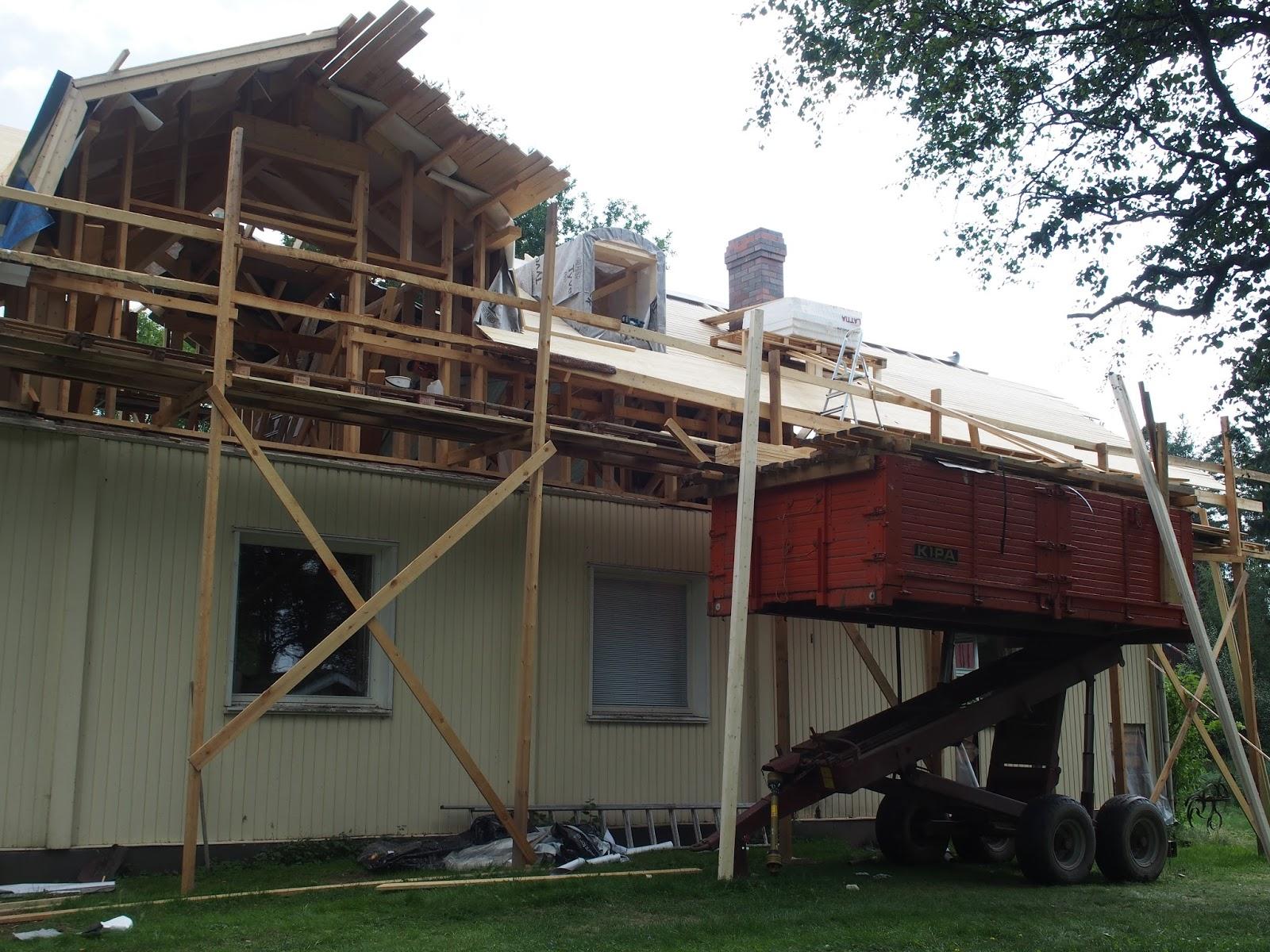 Uusi talo vanhan paikalle