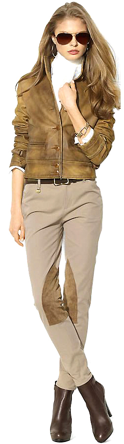 Aviatrix's Safari Outfit Psuit under RayBan into GA door