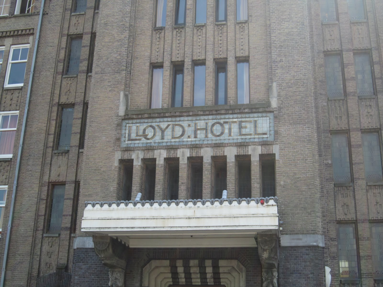 fatfatsheep lloyd hotel amsterdam. Black Bedroom Furniture Sets. Home Design Ideas