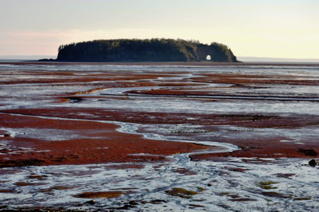 CANADA'S BAY OF FUNDY: About a Hole that Disappeared, Guest Post by Caroline Hatton