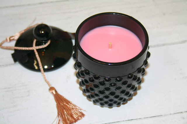 Mor Boutique Marshmallow Deluxe Candle