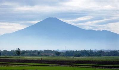 Cerita mistis gunung ciremai, mitos gunung ciremai, cerita gunung ciremai, legenda gunung ciremai, gunung ciremai