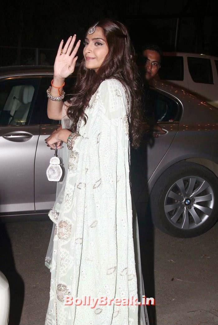 Sonam Kapoor, Photos from Amitabh Bachchan's Diwali Bash 2014