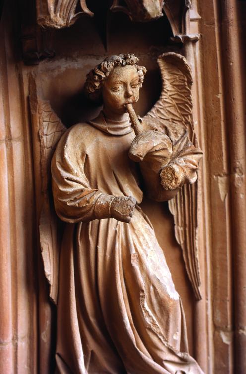 àngel xeremier del portal del Mirador de la Seu