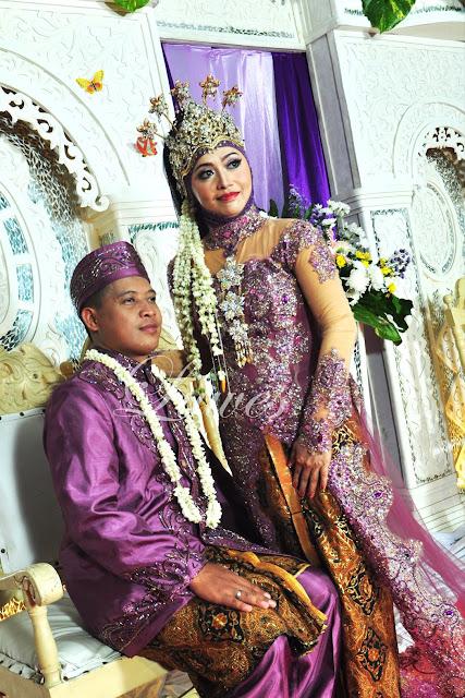 Rias pengantin adat sunda muslim dengan siger