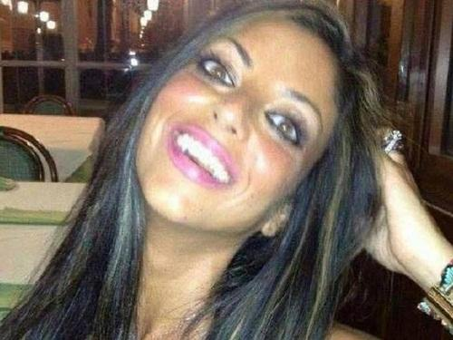 """انتحار إيطالية بعد تسريب """"رقصة جنسية"""" لها وصديقها عبر الإنترنت: هاجرت مدينتها بعد الإهانات وغيّرت اسمها دون فائدة"""