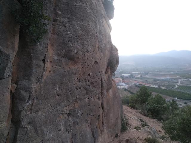 Montesa crag and village