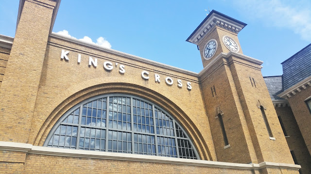 Florida | The Wizarding World of Harry Potter - King's Cross Station