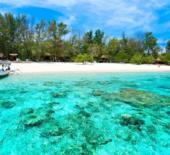 pantai sengigi wisata lombok