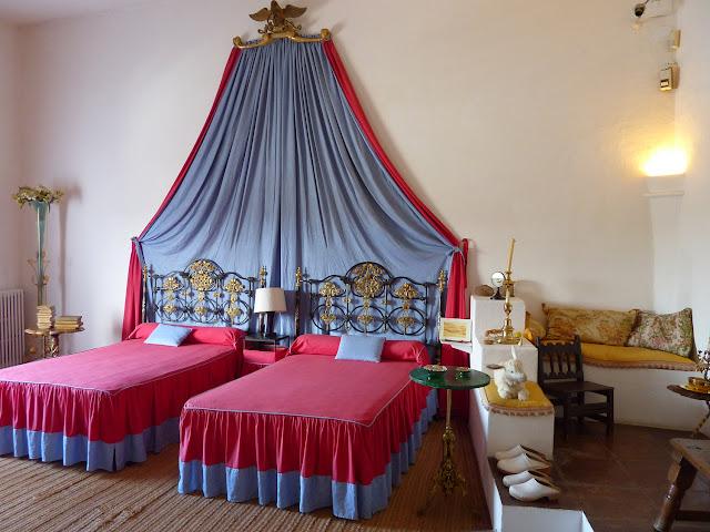 Dormitorio Casa Museo Dali