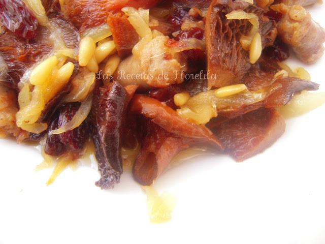 Un aperitivo o plato diferente longanizas o rovellones for Platos aperitivos