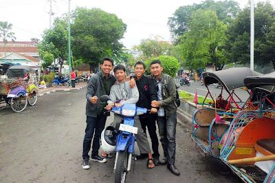 Foto Bareng Di Yogyakarta