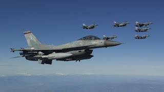 Δύο αερομαχίες σήμερα πάνω από το Αιγαίο: Τα ελληνικά F-16 κυνήγησαν έξι οπλισμένα τουρκικά