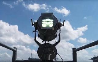 Flashing Light, Komunikasi Antar Kapal Perang
