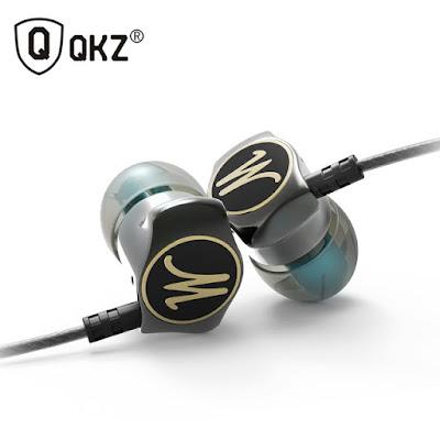 QKZ Earphone DM7 is best in class earphone.