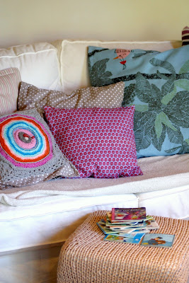 ein schweizer garten 10 12. Black Bedroom Furniture Sets. Home Design Ideas