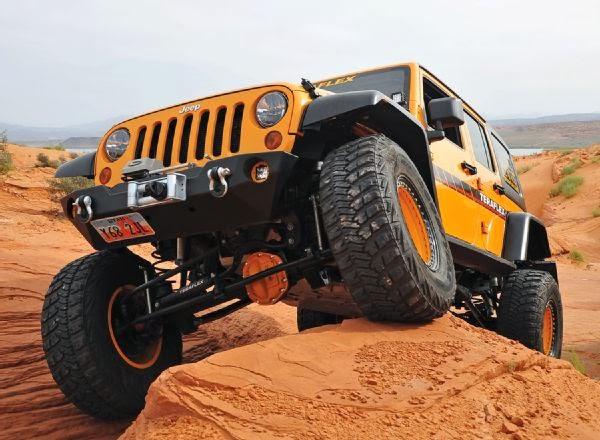 2012 Jeep Wrangler Unlimited TeraFlex Wraped