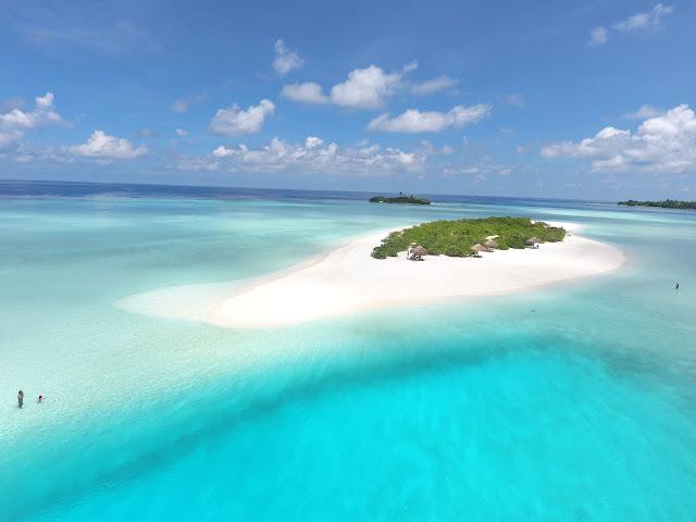 Foto van de zandbank Madivaru Finolhu, Rasdhoo Atol, Malediven