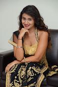 Kiran Chetwani sizzling Photos gallery-thumbnail-6