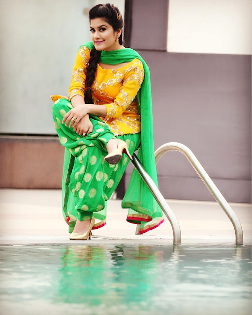 Beautiful Kaur B HD Wallpaper in Punjabi Suit Green Yellow picpile.in (3)